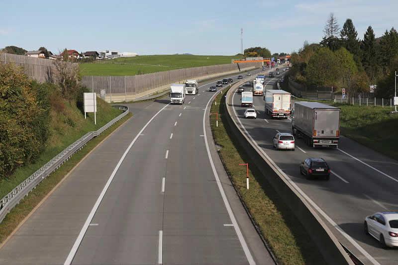 Westautobahn bei Hallwang