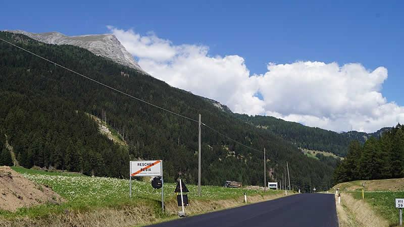 Bergstraße Reschenpass bei Nauders