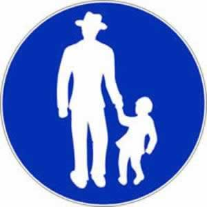 Verkehrszeichen Gehweg