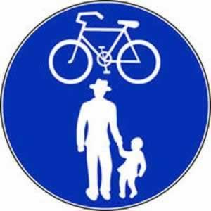 Verkehrszeichen Radweg und Gehweg