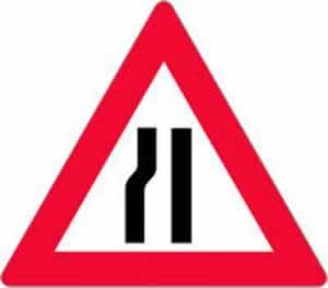 Verkehrszeichen Gefahrenzeichen Fahrbahnverengung links