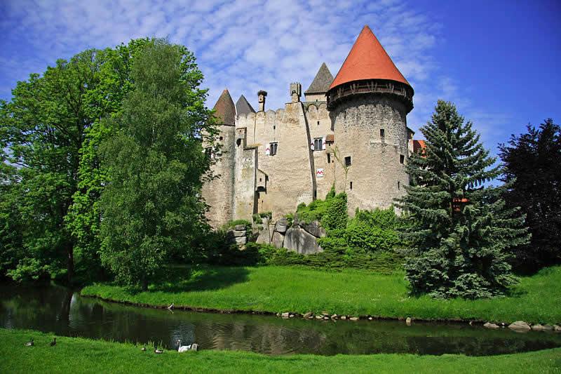 Burg Heidenreichstein - Wasserburg im Waldviertel