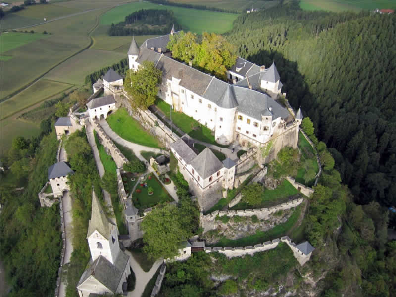 Burg Hochosterwitz mit seiner Bauweise