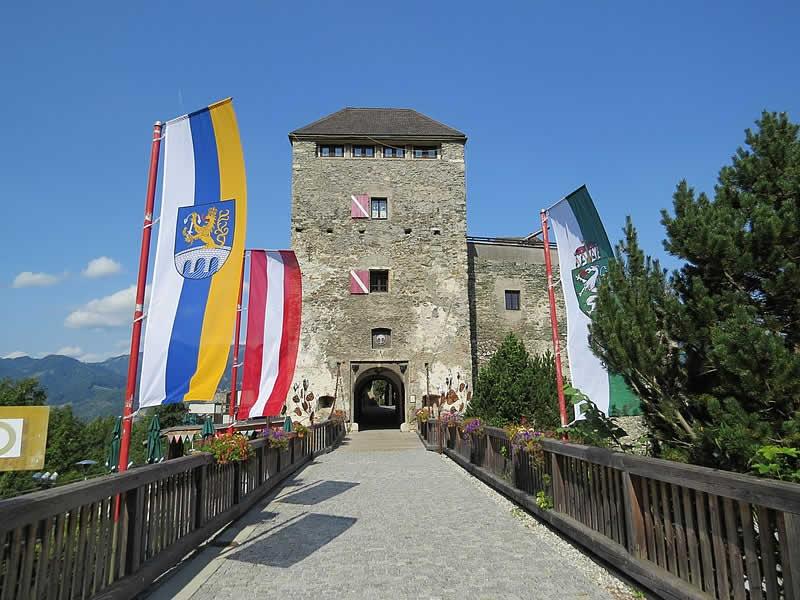 Burg Oberkapfenberg in der Steiermark