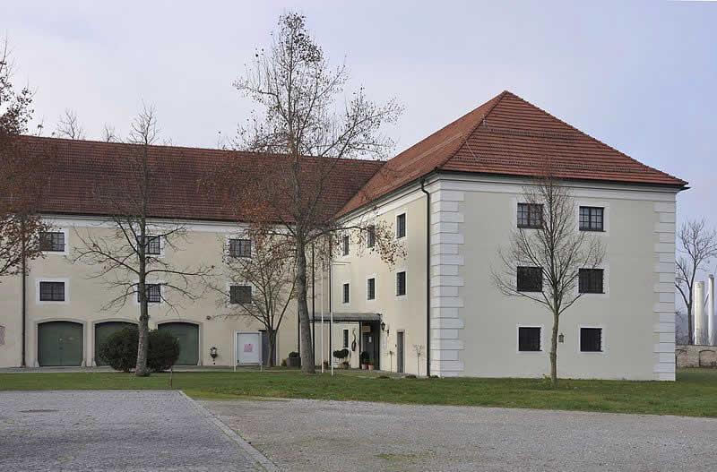 Schloss Kremsegg in Kremsmünster Oberösterreich