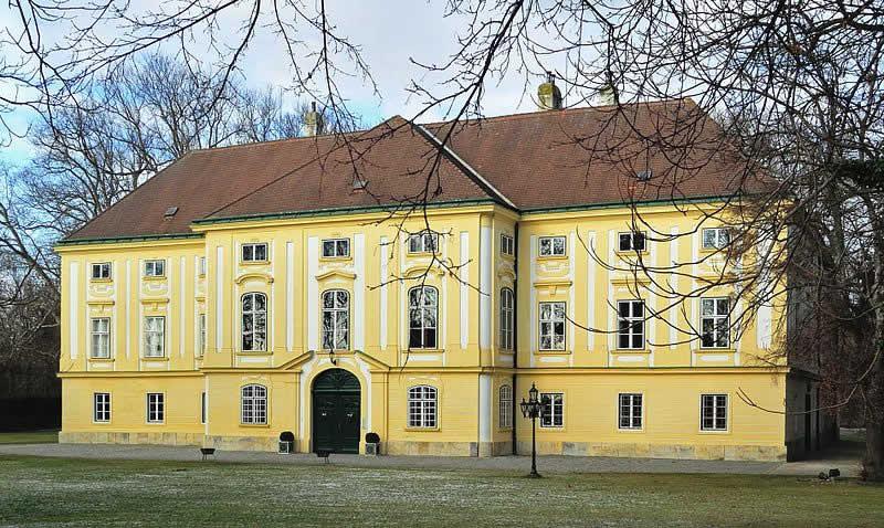 Schloss Margarethen am Moos in Niederösterreich