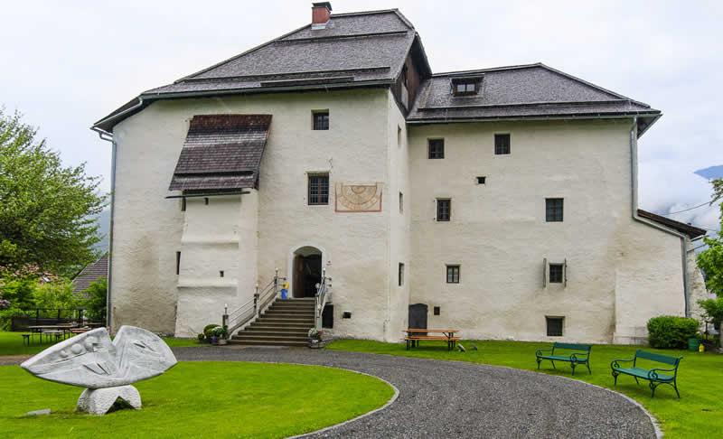 Schloss Möderndorf in Kärnten