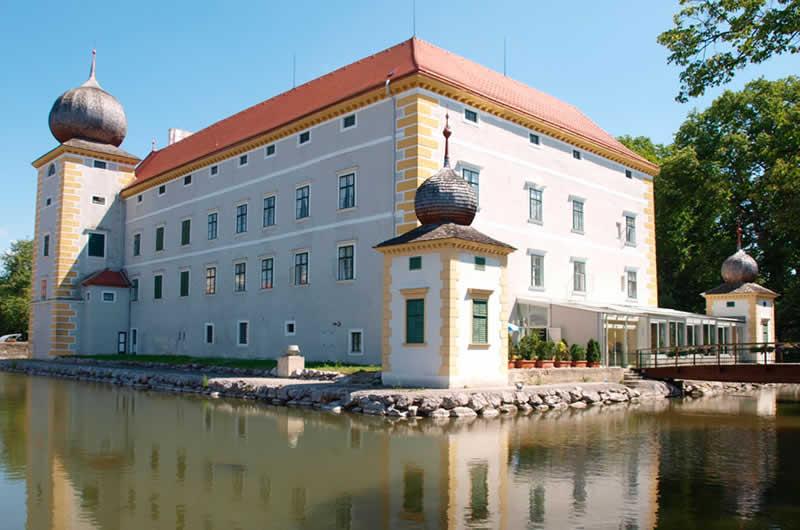 Wasserschloss Kottingbrunn in Niederösterreich