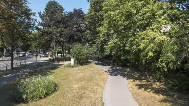 Alexander-Lernet-Holenia-Park in Wien 17