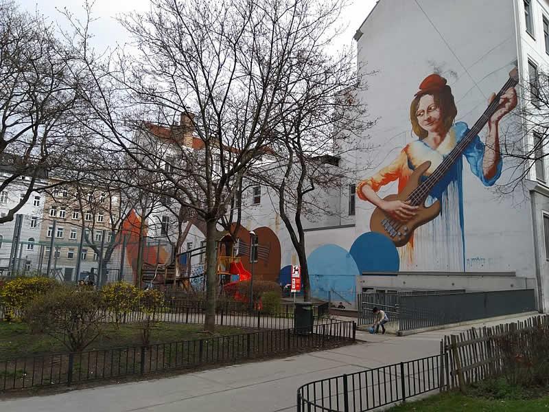 Ernst-Lichtblau-Park bei der Siebenbrunnengasse in Wien