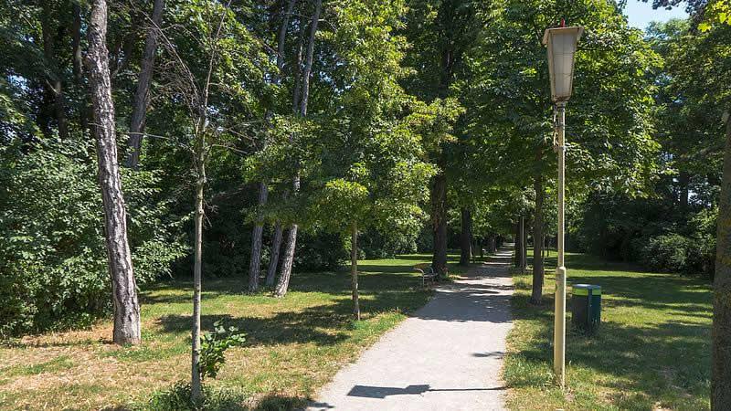 Hans-Hirsch-Park bei der Leopoldauer Straße Wien
