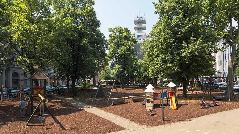 Hermann-Gmeiner-Park bei der Wiener Börse