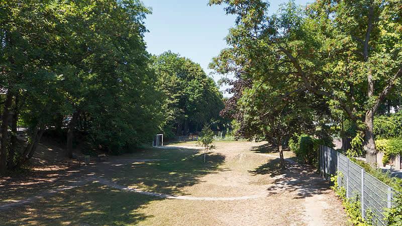 Josef-Kaderka-Park bei der Alszeile Wien 17
