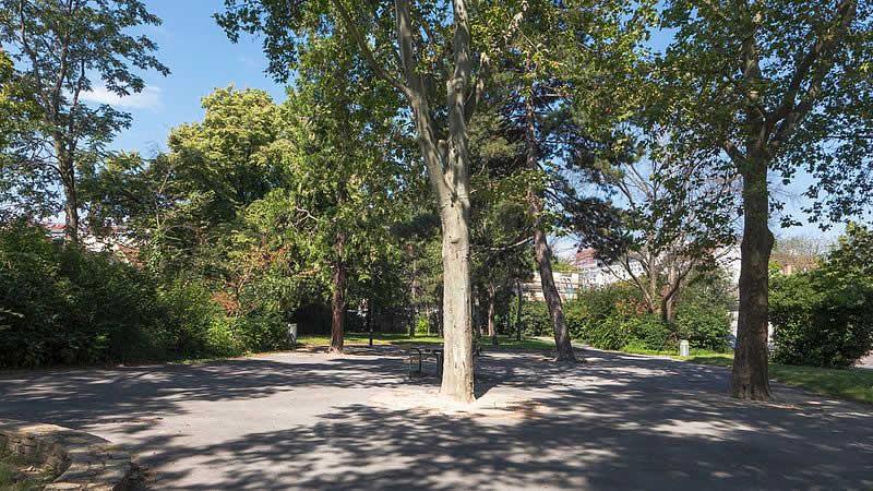 Karl-Seidl-Park beim Leopoldauer Platz in Wien 21