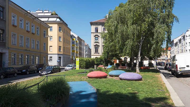 Leon-Askin-Park bei der Thalaistraße in Wien 16