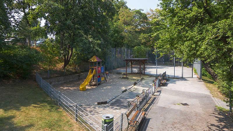 Leopold-Rosenmayr-Park beim Friedhof Gersthof