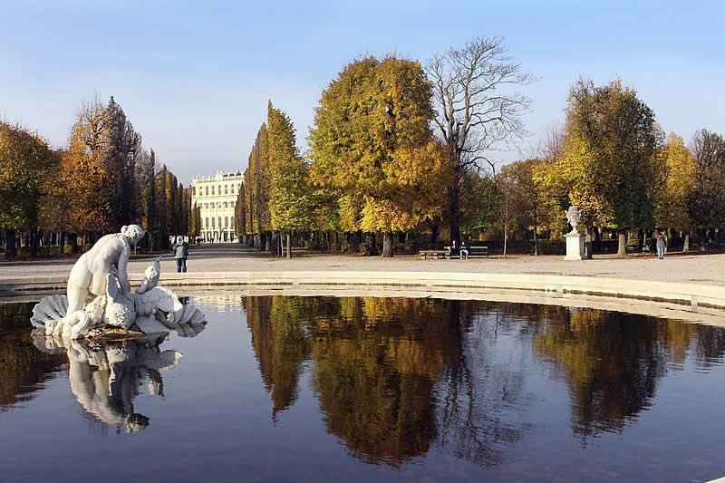 Schlosspark Schönbrunn in Wien