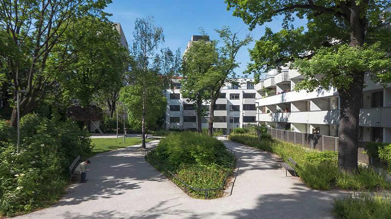 Viktor-Frankl-Park bei der Mariannengasse in Wien 9