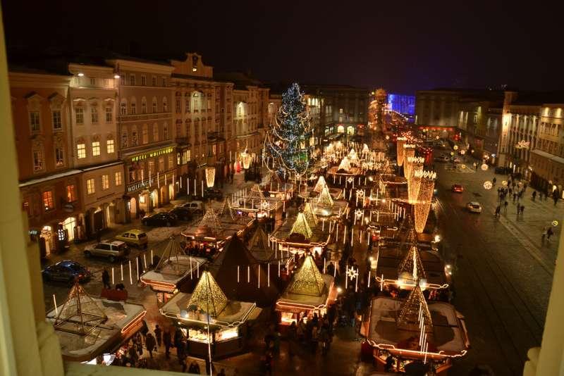 Adventmarkt Linz Hauptplatz