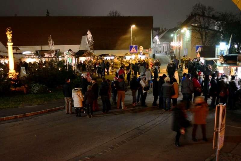 Adventmarkt in Mistelbach
