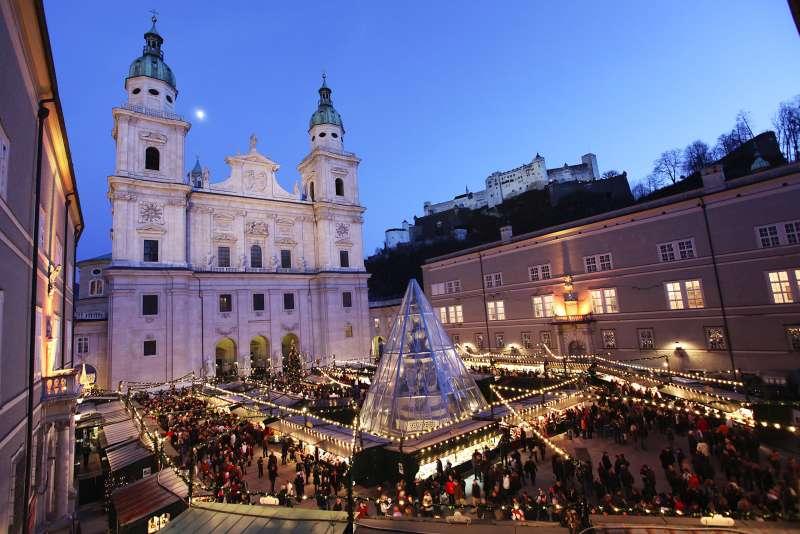 Christkindlmarkt Salzburg Domplatz