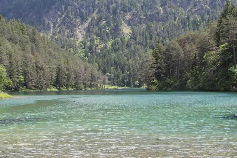 Fernsteinsee beim Fernpass in Tirol