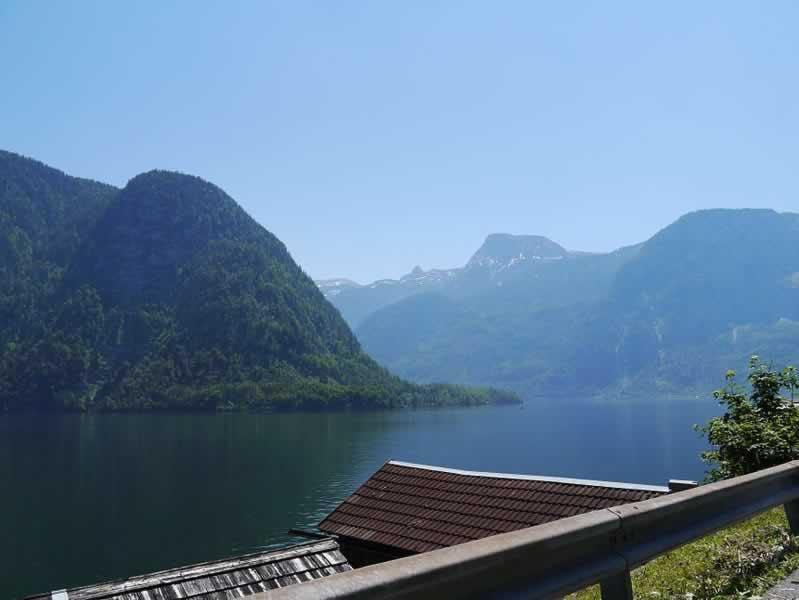 Hallstätter See nördlich vom Dachstein Oberösterreich