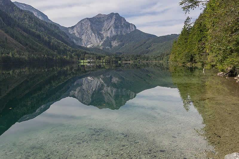 Vorderer Langbathsee beim Höllengebirge Oberösterreich