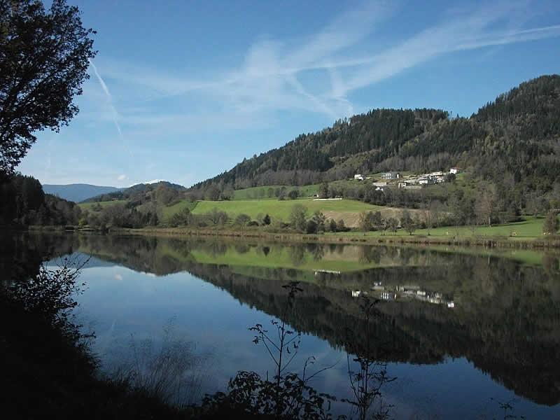 Sankt Urbaner See bei St. Veit in Kärnten