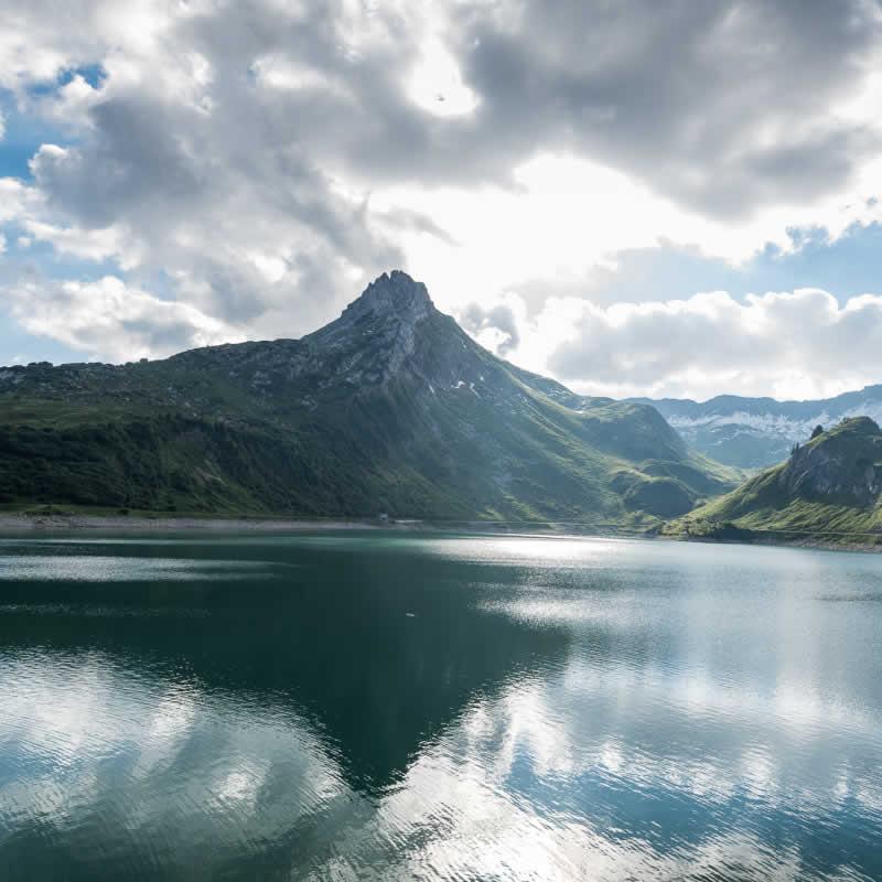 Spullersee in den Lechtaler Alpen Vorarlberg