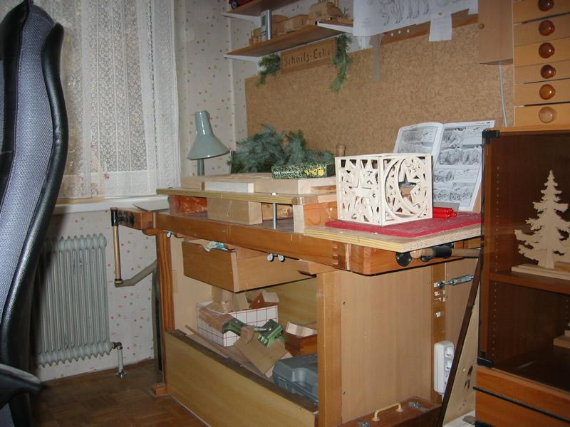 Schnitzen und Arbeitsraum