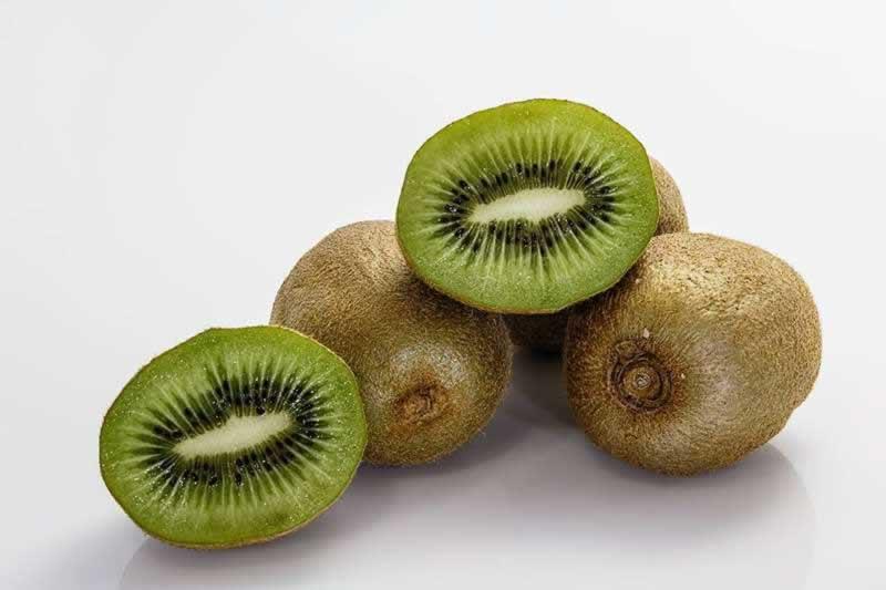 Lebensmittel Kiwi